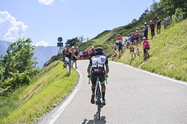 Vuelta a Suiza: Chaves y Urán se destacaron en una etapa que ganó Carapaz