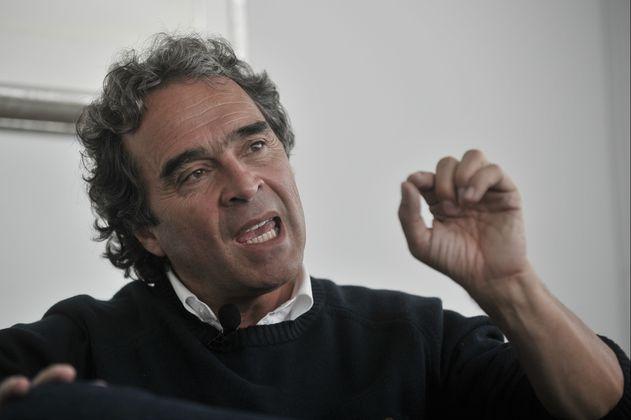 """""""El voto en blanco permitirá mantener una independencia"""": Sergio Fajardo"""