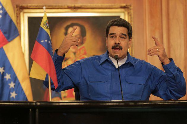 Maduro ningunea a Duque y dice que Uribe gobernará Colombia por Twitter