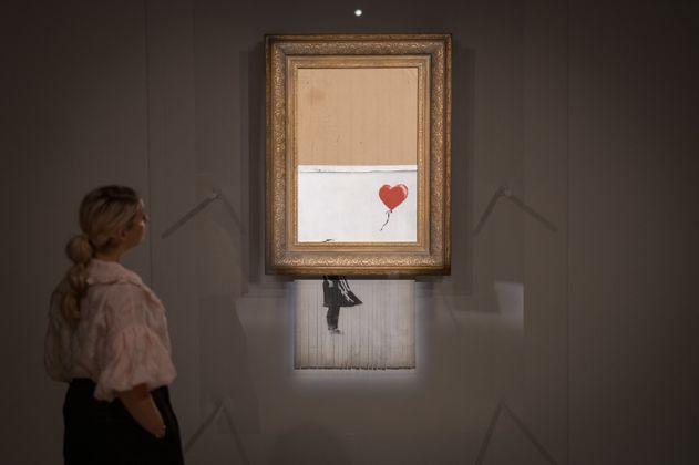 Obra casi destruida de Banksy se vendió por más de 25 millones de dólares