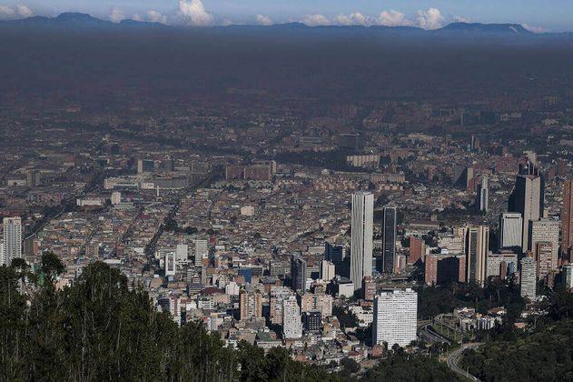 Distrito se compromete a mejorar la calidad del aire en un 10 %