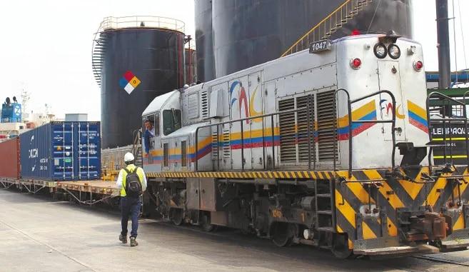 El tren más grande despachado hacia el puerto de Santa Marta tenía 46 plataformas, el doble de las del primer viaje comercial que hizo.
