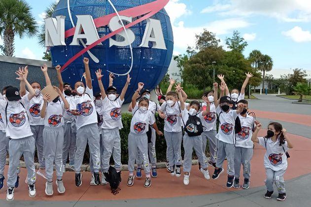 Niños colombianos llegaron a la NASA para ver el lanzamiento de la Misión Lucy