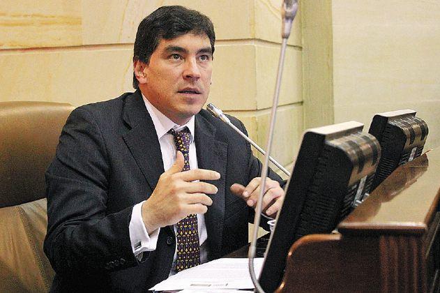 Las razones de la Corte Suprema para seguir investigando a Álvaro Hernán Prada