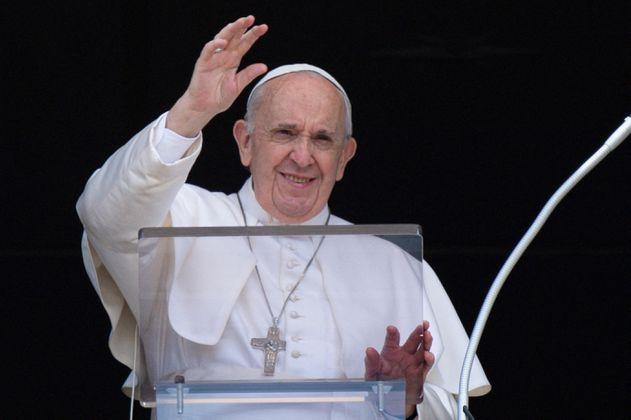 """Papa Francisco dice que """"hipocresía"""" y """"medias verdades"""" arruinan a la Iglesia"""