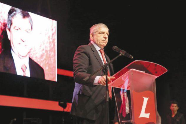 """Senador liberal pidió """"luces"""" a César Gaviria sobre el papel del partido en 2022"""