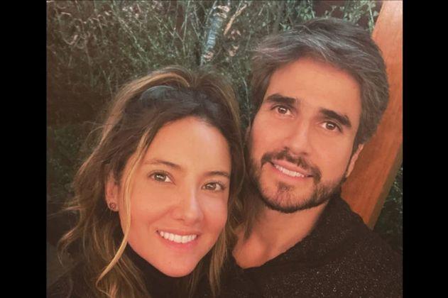 """""""TE AMO CON MI ALMA"""", declaró Daniel Arenas a Daniella Álvarez en Amor&Amistad."""