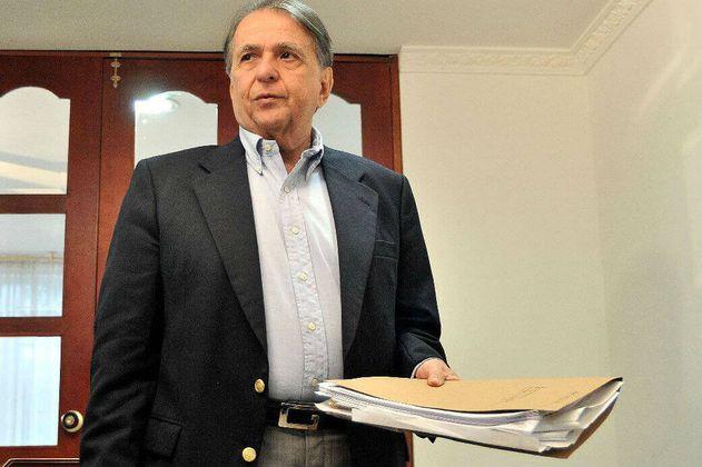 Exsenador Alberto Santofimio, condenado por asesinato de Galán, pide (de nuevo) su libertad