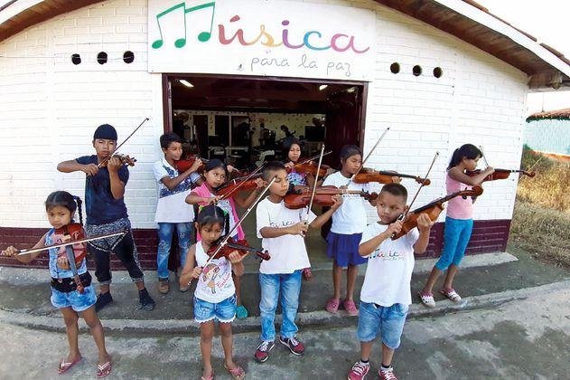 Así luce la primera filarmónica indígena de Colombia en Valparaíso, Antioquia