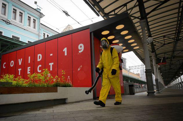 Moscú supera récord de nuevos casos de coronavirus por segundo día consecutivo