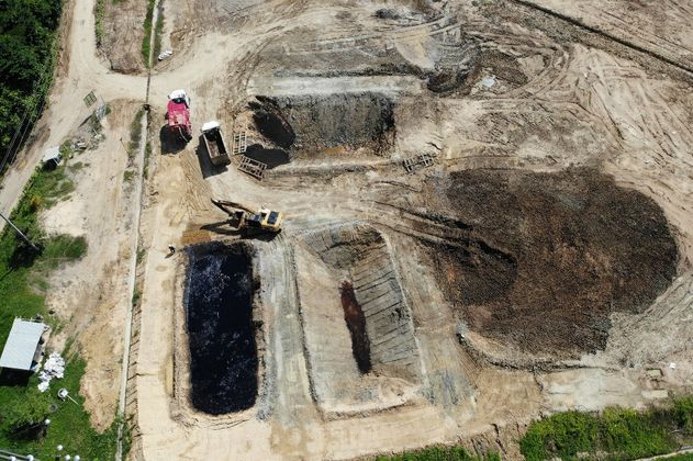 La vida entre lodos del petróleo