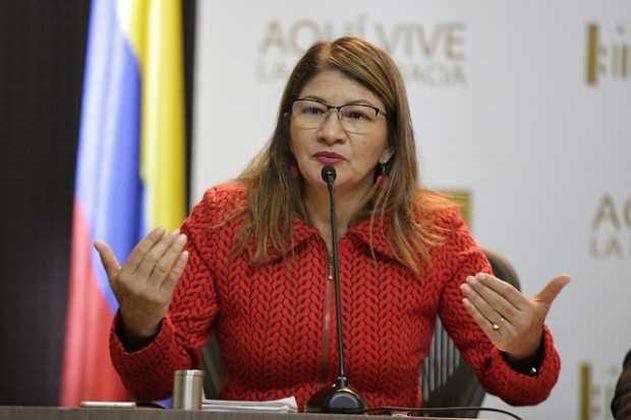 """""""Pido excusas a las víctimas por mis desafortunadas declaraciones"""": Sandra Ramírez"""