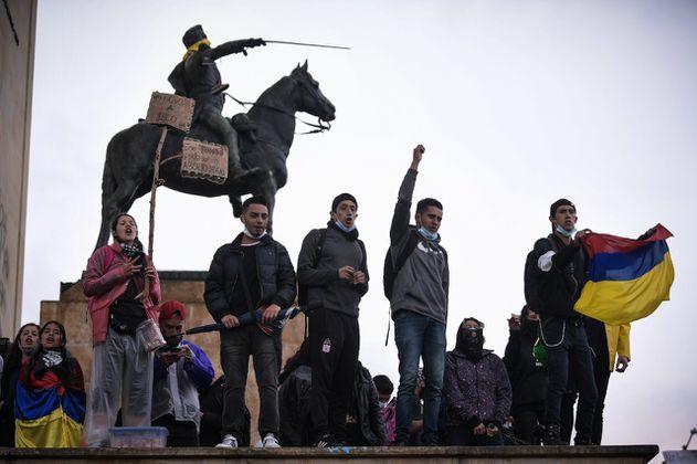 En vivo Paro Nacional 5M en Bogotá: Esmad interviene en plantón del monumento Héroes