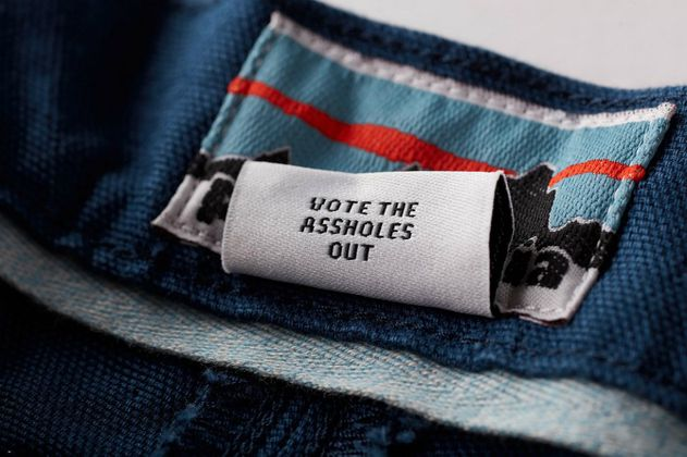 """""""Vota para sacar a los cabrones"""": la campaña de la marca Patagonia"""