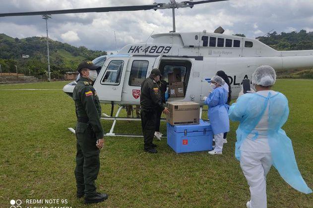 Helicóptero que llevará vacunas a zonas rurales de Cundinamarca, al fin toma vuelo