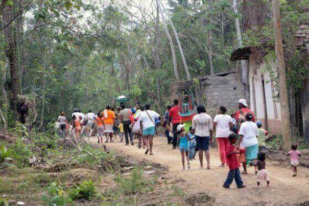 Denuncian desplazamiento masivo en Argelia, Cauca