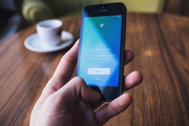 Twitter prueba un módulo de compra en los perfiles de los comercios