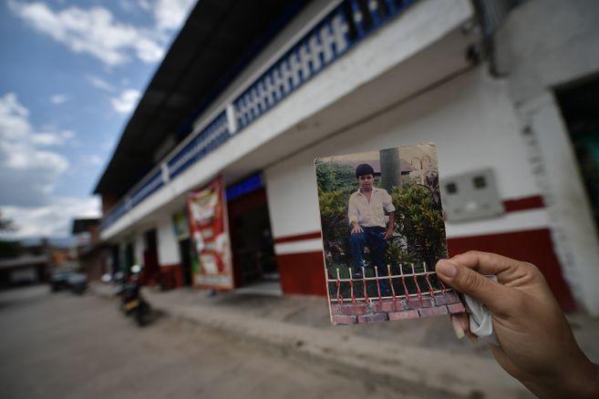 La panadería en la que trabajaba Jorge era la única que existía en 2003 en el pueblo. Ahora hay una carnicería en ese lugar.