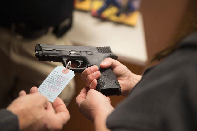 """""""Las armas traumáticas son armas de fuego"""": así sería su regulación en Colombia"""
