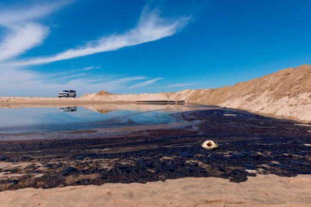 Gran derrame de crudo en las playas de California amenaza reserva natural