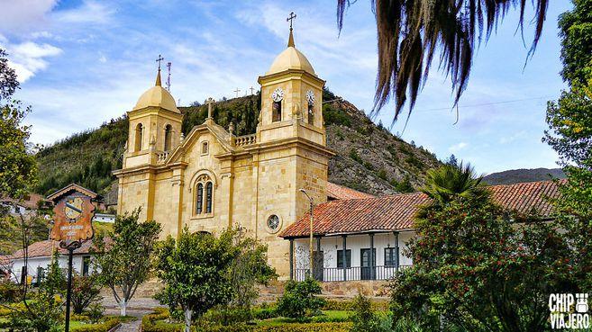 Iglesia Divino Salvador, Cucunubá Cundinamarca.