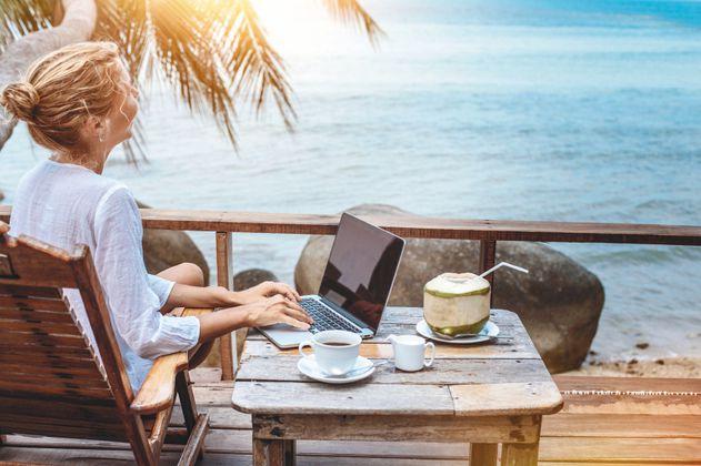 ¿Cómo viajar por el mundo sin renunciar a su trabajo?