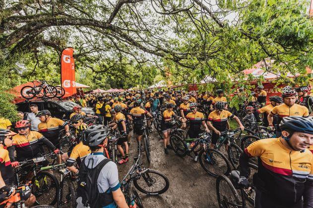 Más de mil ciclistas estuvieron en la Ride Manzur–Pedaleando con Goga 2.0
