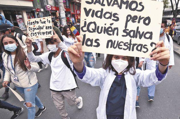 Los cinco puntos fundamentales que el sistema de salud en Colombia debe proponerse modificar