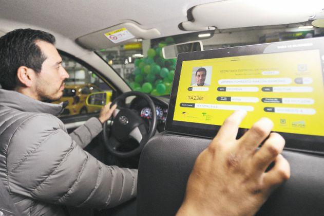 'Taxis inteligentes' eléctricos, o de gas, serán inmunes al pico y placa en Bogotá