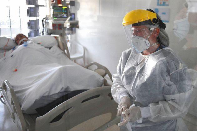 Bogotá supera el 98 % en ocupación de camas UCI para pacientes Covid