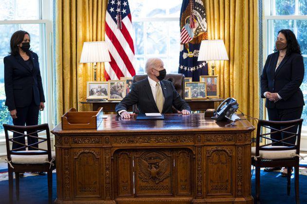Biden propone aumentos presupuestarios en salud y educación