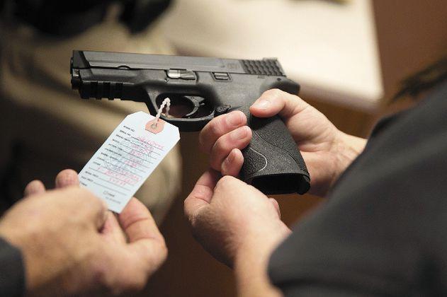 Gobierno propone equiparar armas traumáticas con las de fuego