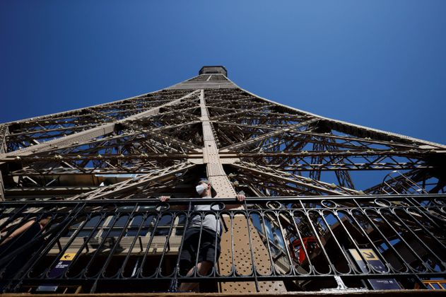 La Torre Eiffel vuelve a abrir