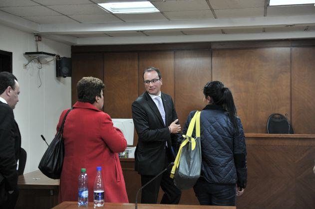 Exconcejal, tras pagar 33 meses por carrusel de contratos, ya está libre y con visa