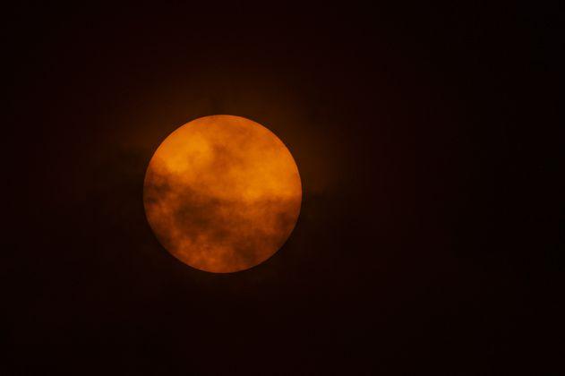En junio llega un eclipse solar, el solsticio de verano y la luna llena de fresa