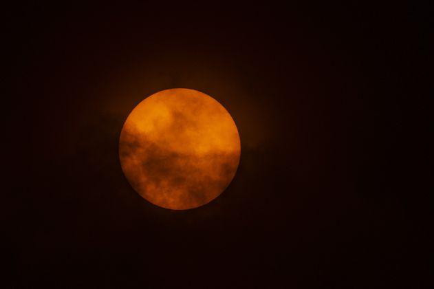 Eclipse lunar: virgo, piscis y otros signos del zodiaco afectados hoy 26 de mayo