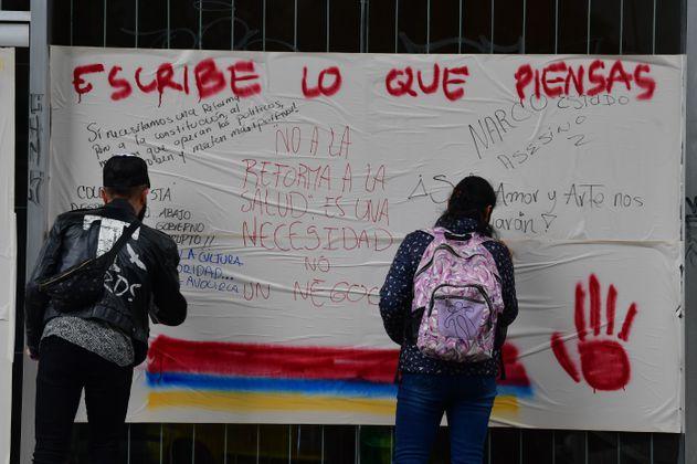 Análisis de redes sociales revela qué motiva a la gente a protestar