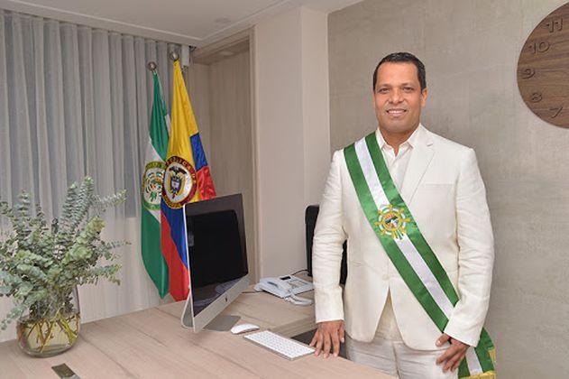 Piden medida de aseguramiento para gobernador de Cesar Luis Alberto Monsalvo