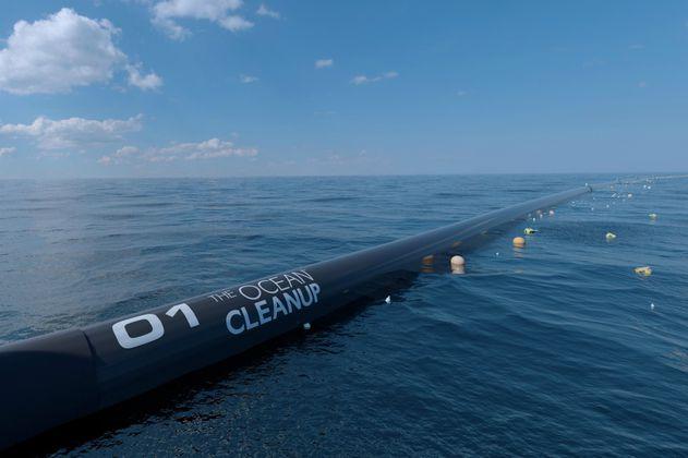 El proyecto más ambicioso para recolectar plástico del océano presenta fallas